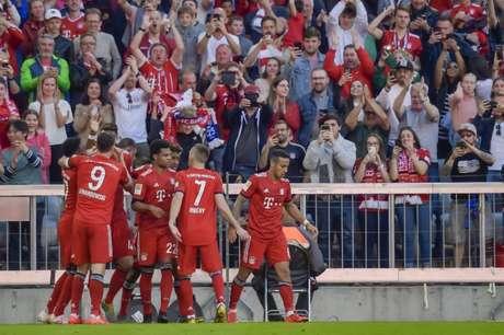 Bayern venceu em casa neste sábado (Foto: AFP)