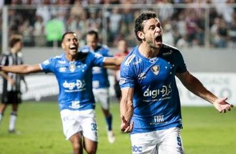 Fred fez o gol do título do Cruzeiro. Veja a seguir mais imagens da partida