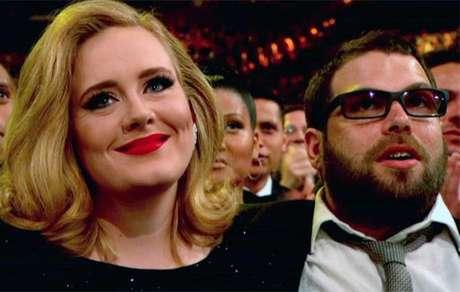 Chega ao fim o casamento de Adele