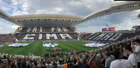 Mosaico antes de o jogo começar na Arena Corinthians (Foto: Ana Canhedo/Lancepress!)