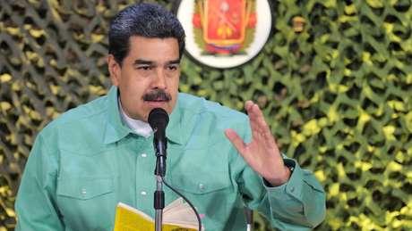 Mourão tem se posiconado frontalmente contra qualquer participação brasileira numa eventual intervenção militar na Venezuela. Setor olavista defende uso de todos os mecanismos possíveis para tirar Maduro do poder