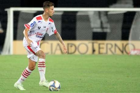 Marcos Junior atuará pelo Vasco no restante da temporada (Foto: Celso Pupo/Fotoarena)