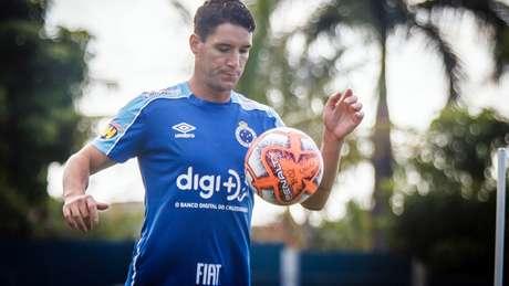 Thiago poderá fazer o seu primeiro jogo inteiro desde março passado, além de ser sua estreia na Libertadores- Vinnicius Silva/Cruzeiro