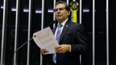 Relator do PL 1321/19, que tratava da duração dos mandatos de dirigentes dos partidos, deputado Paulinho da Força incluiu emenda da anistia
