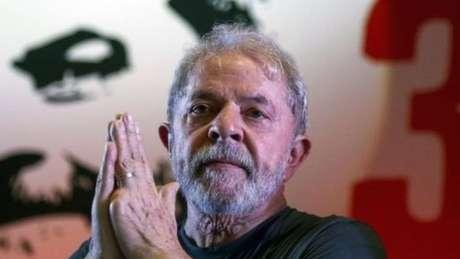 Sem novas condenações, Lula poderia passar ao regime semiaberto