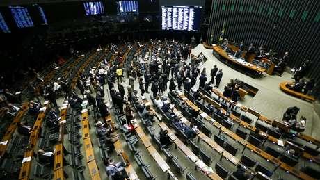 Se aprovada na CCJ e na Comissão Especial, reforma precisará de 308 votos no plenário (foto) da Câmara