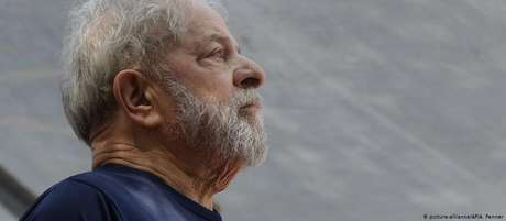 Lula está preso há um ano