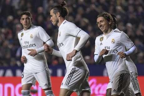 Bale segue sem espaço com Zidane (Foto: Jose Jordan / AFP)