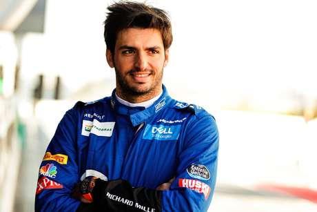 Sainz espera melhorar em todas as corridas com a McLaren