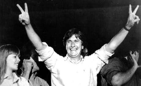 Fernando Collor de Melo, em sua vitoriosa campanha eleitoral de 1989