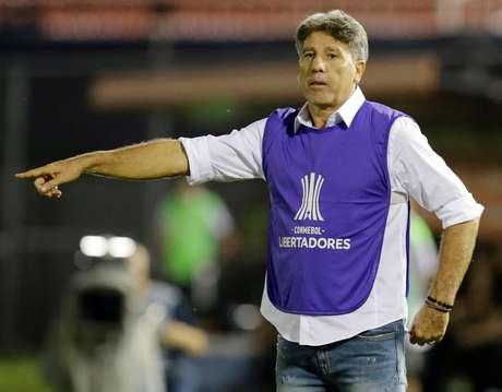 Técnico Renato Gaúcho durante jogo entre Grêmio e Libertad