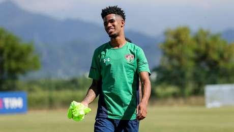 Ewandro vive espera por estreia no Fluminense (Foto: LUCAS MERÇON / FLUMINENSE F.C.)