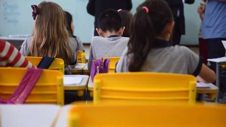 Estudantes vão de encontro a decisão paulista