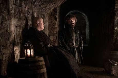 Lorde Varys (Conleth Hill) eTyrion (Peter Dinklag) no terceiro episódio da última temporada de 'Game of Thrones'