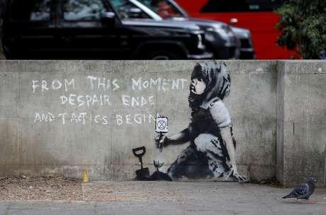 Nova obra atribuída a Banksy é descoberta em Londres