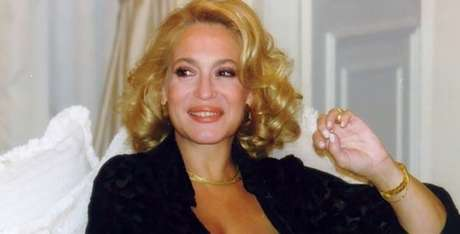 Branca Letícia (Susana Vieira): rica, chique, passional e má, muito má