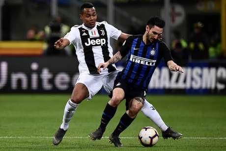 Inter e Juventus fizeram um duelo equilibrado neste sábado (Foto: MARCO BERTORELLO/AFP)