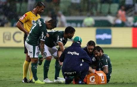Com novo problema no joelho, Goulart será desfalque no Verdão por até dois meses (Agência Palmeiras/Divulgação)