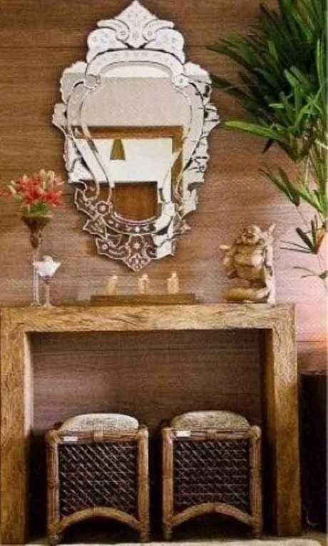 26. Decoração com espelho provençal – Foto: Decoração e Arte