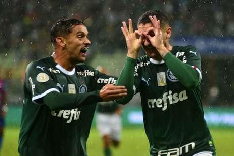 Zé Rafael comemora gol na partida entre Palmeiras e Fortaleza, válida pela 1ª rodada do Brasileirão 2019, no Allianz Parque, zona oeste da cidade de São Paulo neste domingo, 28