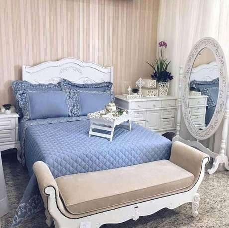 62. O espelho com moldura provençal é perfeito para levar um toque romântico aos ambientes – Foto: Pinterest