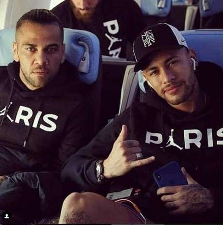 Daniel Alves lamentou atitude de Neymar (Foto: Reprodução/Instagram)