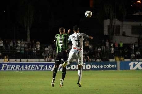 A estreia na Série B 2019 não foi boa e o Coelho foi derrotado por 1 a 0 pelo Operário, em Ponta Grossa, na última sexta-feira, 26 de abril- Mourão Panda/América-MG