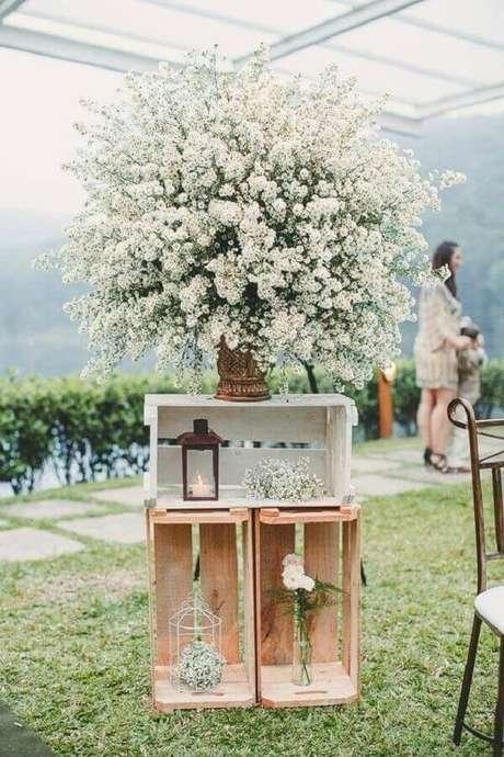 58. Caixotes de madeira são perfeitos para a decoração do casamento ao ar livre – Foto: Aaronguide