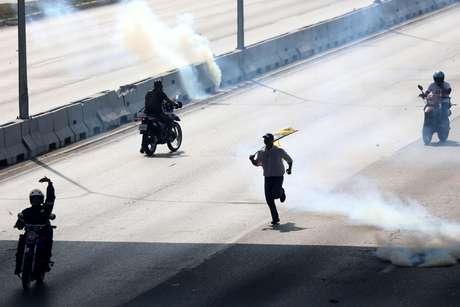Enquanto EUA não descartam intervir na Venezuela, Brasil tem reiterado que é contra ação militar no país vizinho