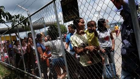 Segundo especialistas, um conflito armado na Venezuela aumentaria o fluxo migratório para países vizinhos, como o Brasil