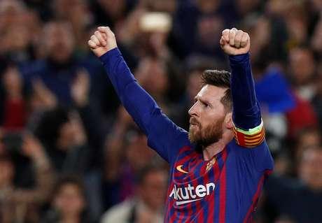 Messi comemora o terceiro gol contra o Liverpool