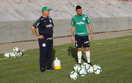 Palmeiras de Felipão e Moisés está em Alagoas para buscar a segunda vitória seguida (Agência Palmeiras/Divulgação)