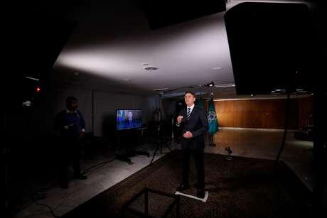 Gravação do pronunciamento do Presidente da República, Jair Bolsonaro para o Dia do Trabalhador