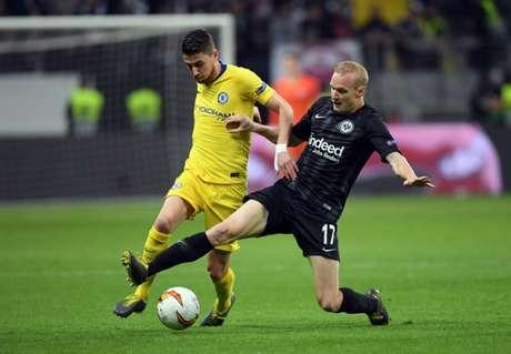 Eintracht Frankfurt e Chelsea empatam pela semi da Liga Europa (Foto: AFP)