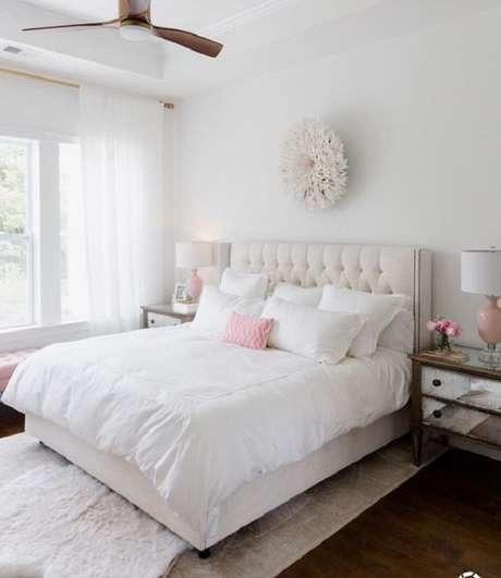 39 – Decoração clean para quarto simples de casal. Fonte Pinterest