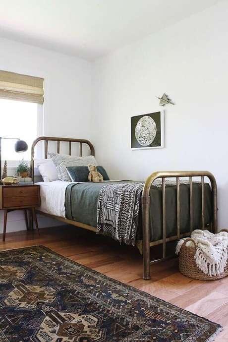 40 – Decoração de quarto simples ao estilo vintage. Fonte Pinterest