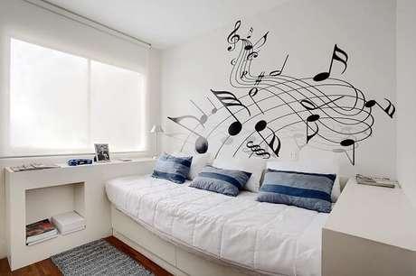 20 – Decoração de quarto simples com pintura na parede. Projeto de Sesso & Dalanezi Arquitetura+Design