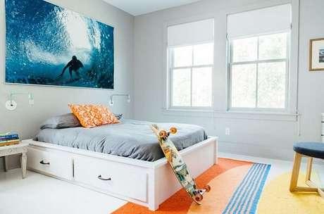 4 – Decoração de quarto simples para menino ao estilo surf. Projeto de Fabíola Faria