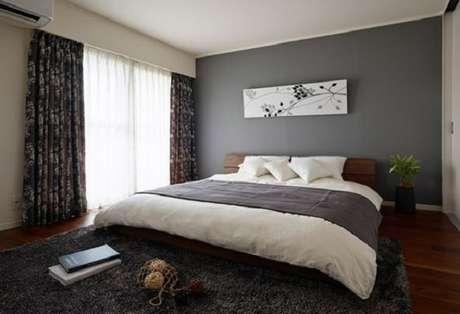 54 – Quadros acima da cama complementa a decoração do quarto simples. Fonte Pinterest