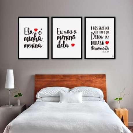 66 – Quadros que fazem a diferença na decoração de quarto simples. Fonte: Santa Casinhola