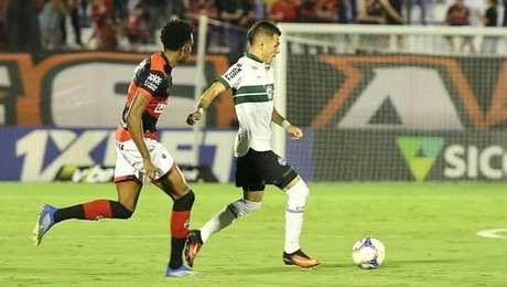 Atlético-GO e Coritiba empataram pela Série B