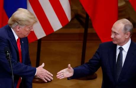 Presidente dos EUA, Donald Trump, e presidente russo, Vladimir Putin 16/07/2018 REUTERS/Leonhard Foeger