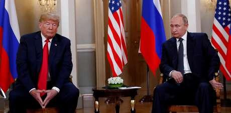 Presidentes Donald Trump e Vladimir Putin se reúnem em Helsinque 16/07/2018 REUTERS/Kevin Lamarque