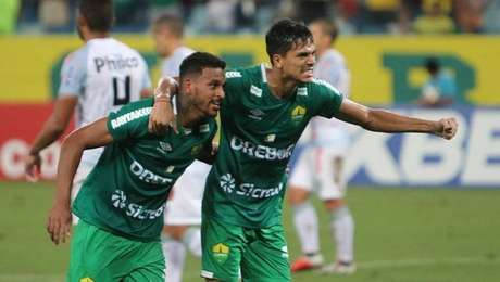 Cuiabá vence oOperário na Série B.