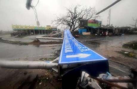 Destruição provocada pelo ciclone Fani em Odisha, na Índia