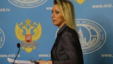 A porta-voz da chancelaria russa, Maria Zakharova, rechaçou que seu país tenha tido influência nas últimas decisões de Maduro