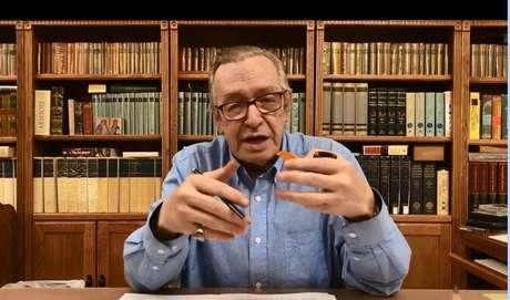 O escritor Olavo de Carvalho, guro do bolsonarismo