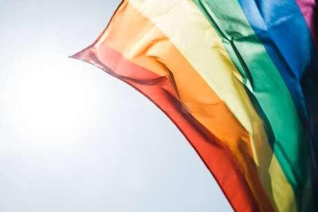 Evento promove visibilidade e direitos LGBT.