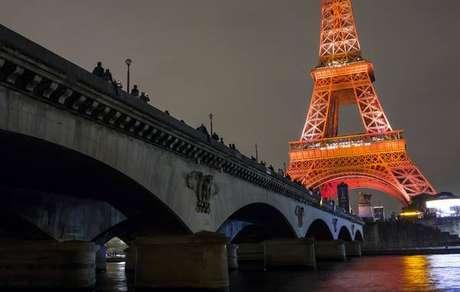Agente de inteligência da Itália é encontrado morto em Paris