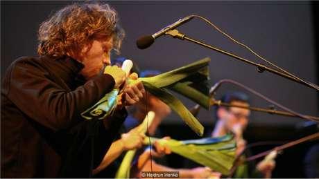 Nos últimos 21 anos, Orquestra Vegetal de Viena realizou quase 300 shows em todo o mundo
